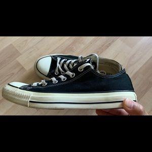 Converse All Star Unisex  Sneaker size 9 women's